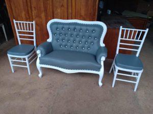 Kursi Pelaminan Putih Tiffany